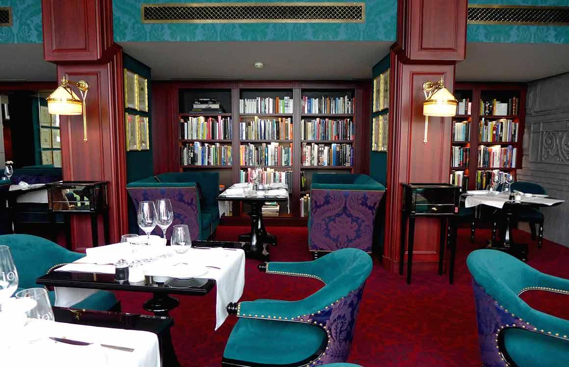 La salle du Restaurant Joy à Paris 8ème