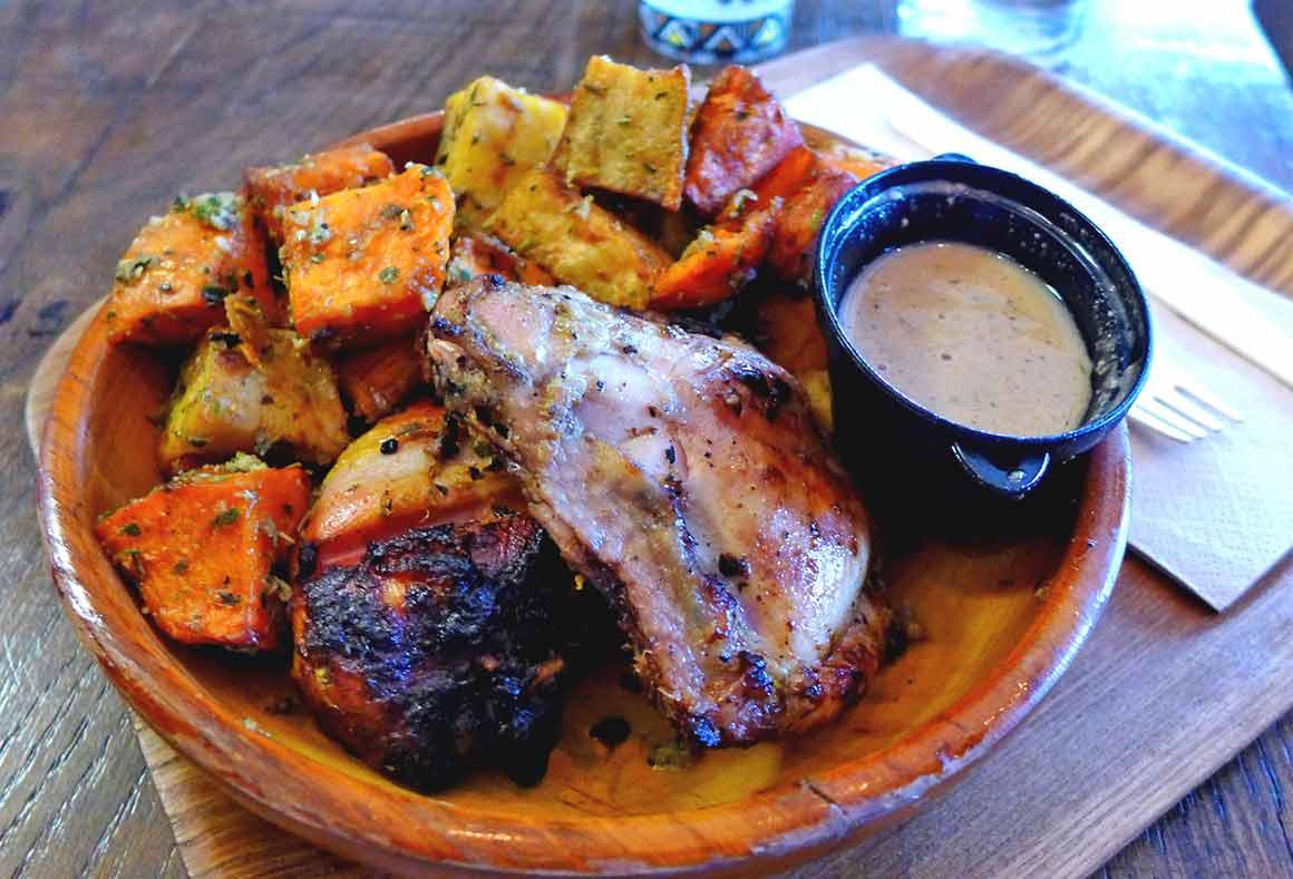 Restaurant New Soul Food poulet braisé