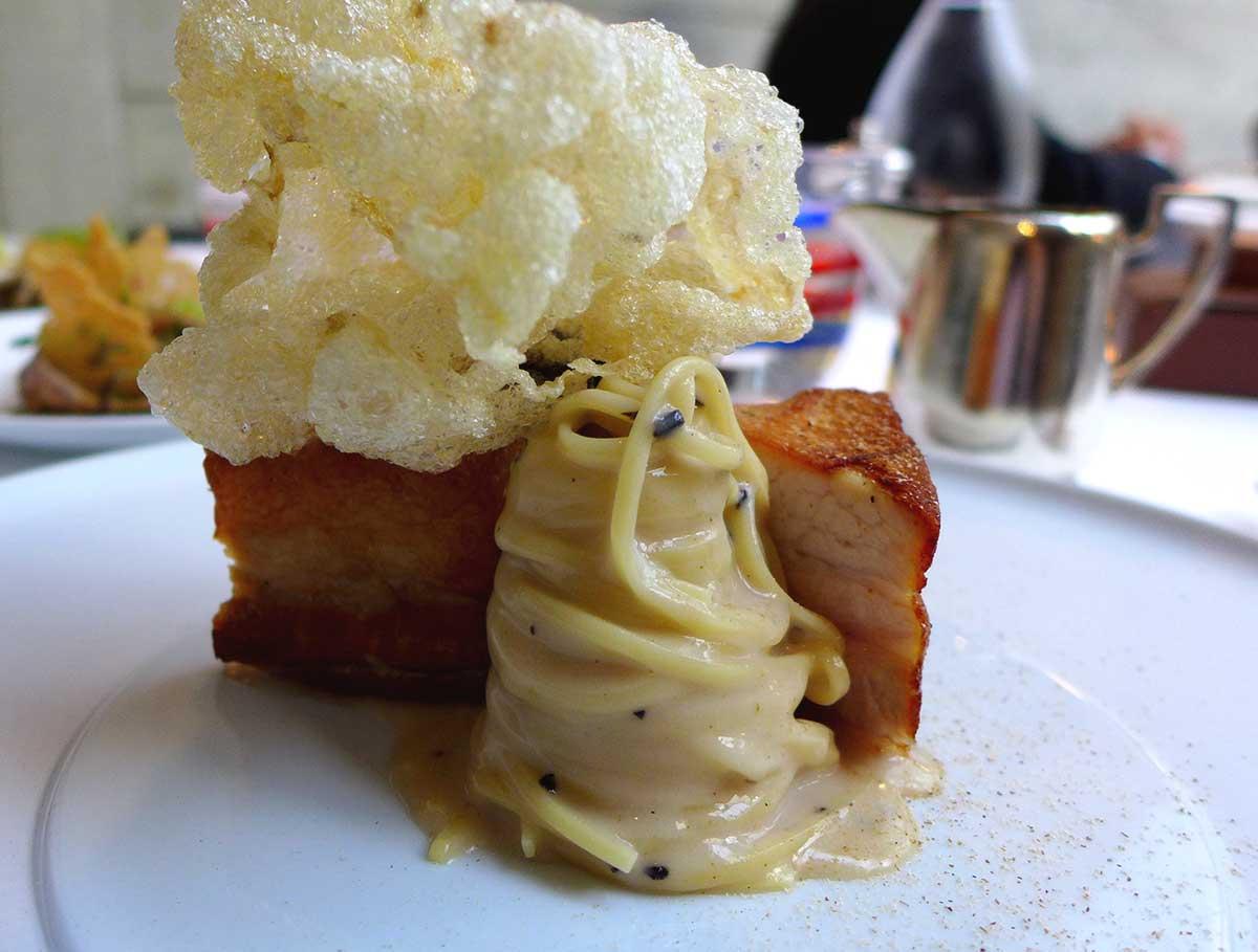 Le Grand Restaurant, spaghettis cuits et poitrine de cochon