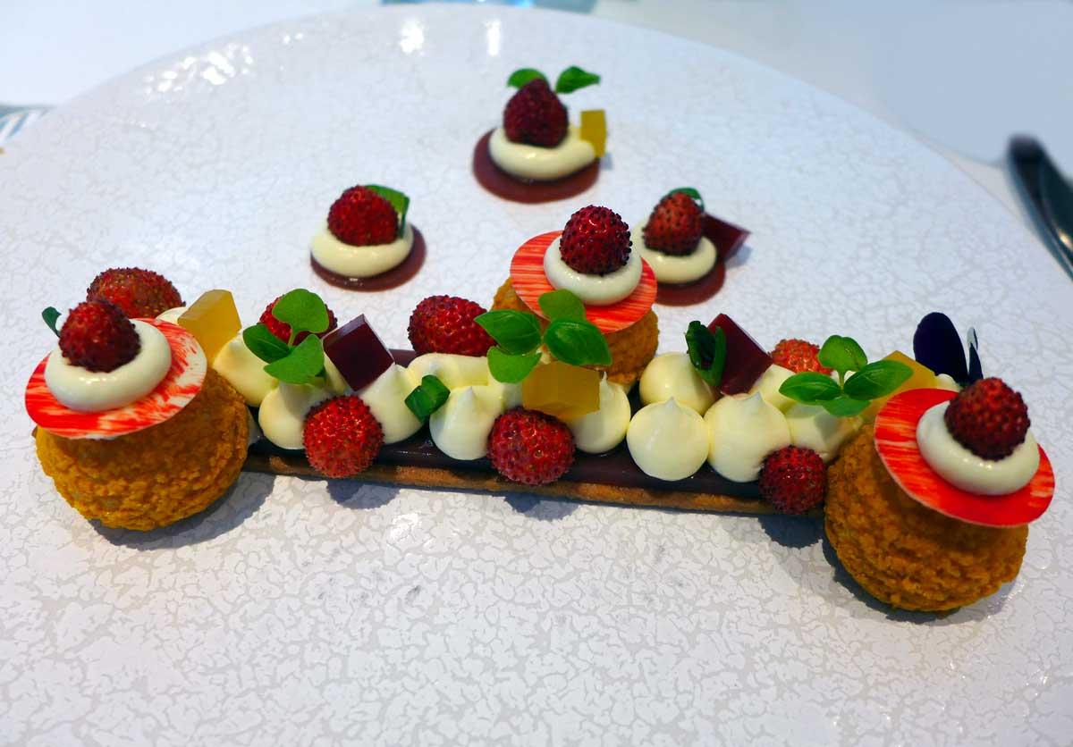 Restaurant 1 Place Vendôme, la fraise des bois