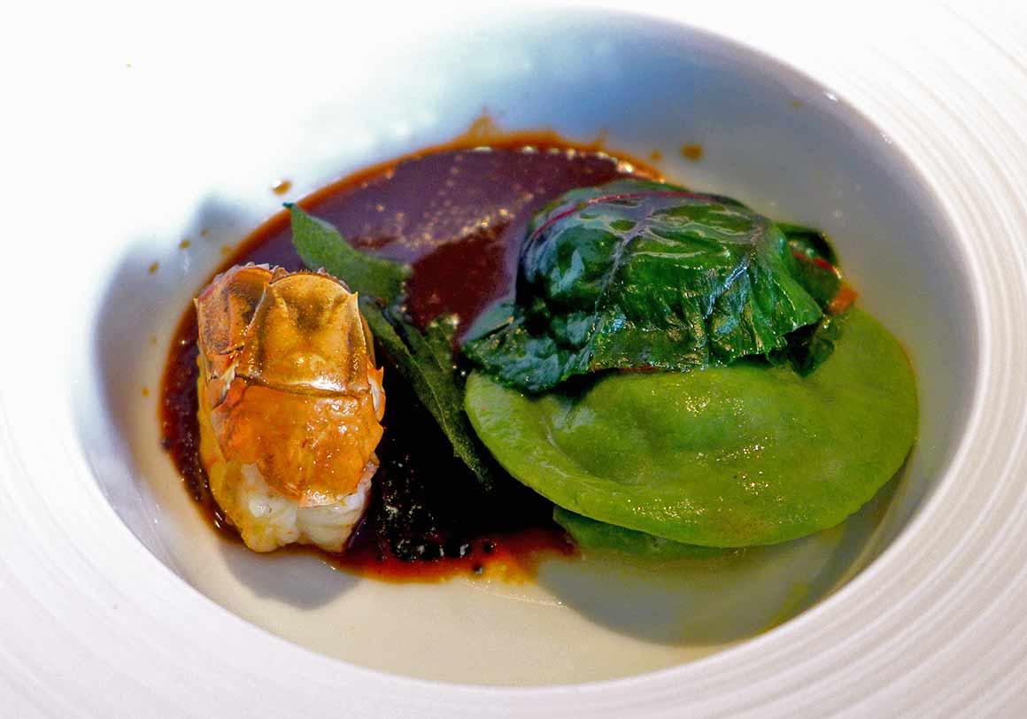 Restaurant Alan Geaam, Langoustine en raviole et cardamome vietnamienne
