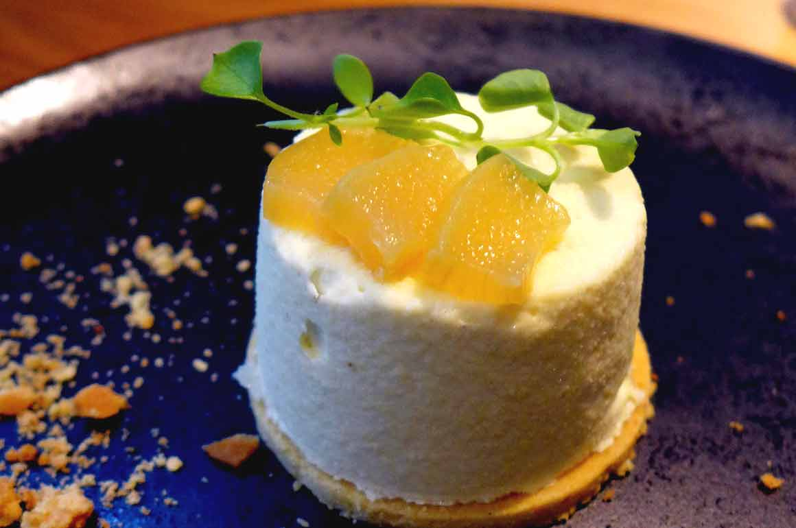 Restaurant ANONA, Cheesecake vanille et rhubarbe