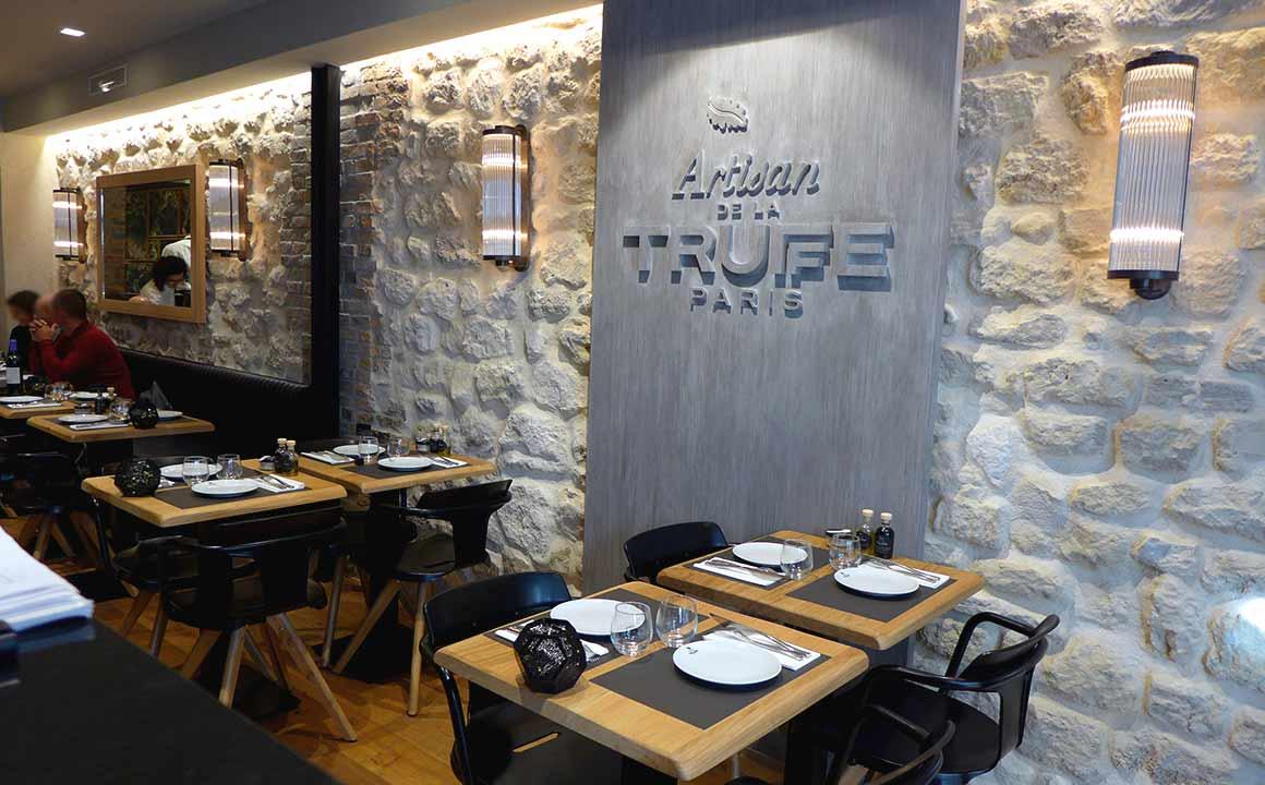 Restaurant Artisan de la Truffe, La salle