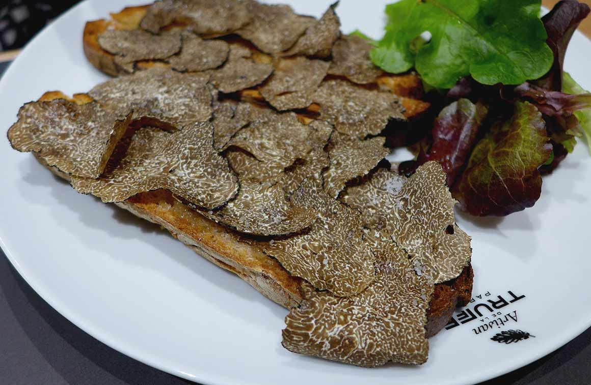 Restaurant Artisan de la Truffe, Tartine Croque en sel