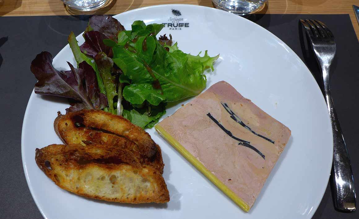 Restaurant Artisan de la Truffe, Assiette de foie gras truffé d'oie