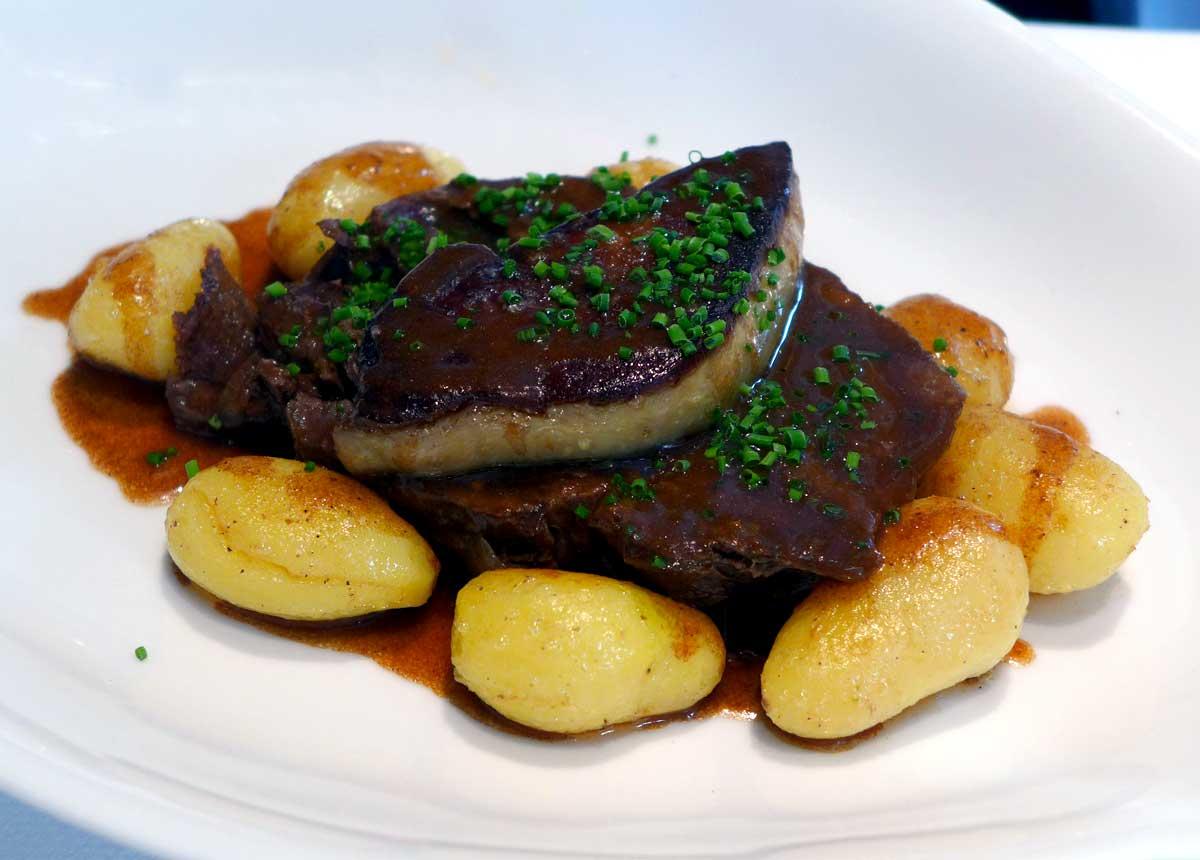Restaurant Au 41 Penthièvre, Le paleron de bœuf braisé et pommes de terre grenailles au jus