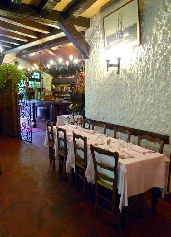 Restaurant Au Derrick Catalan : La salle