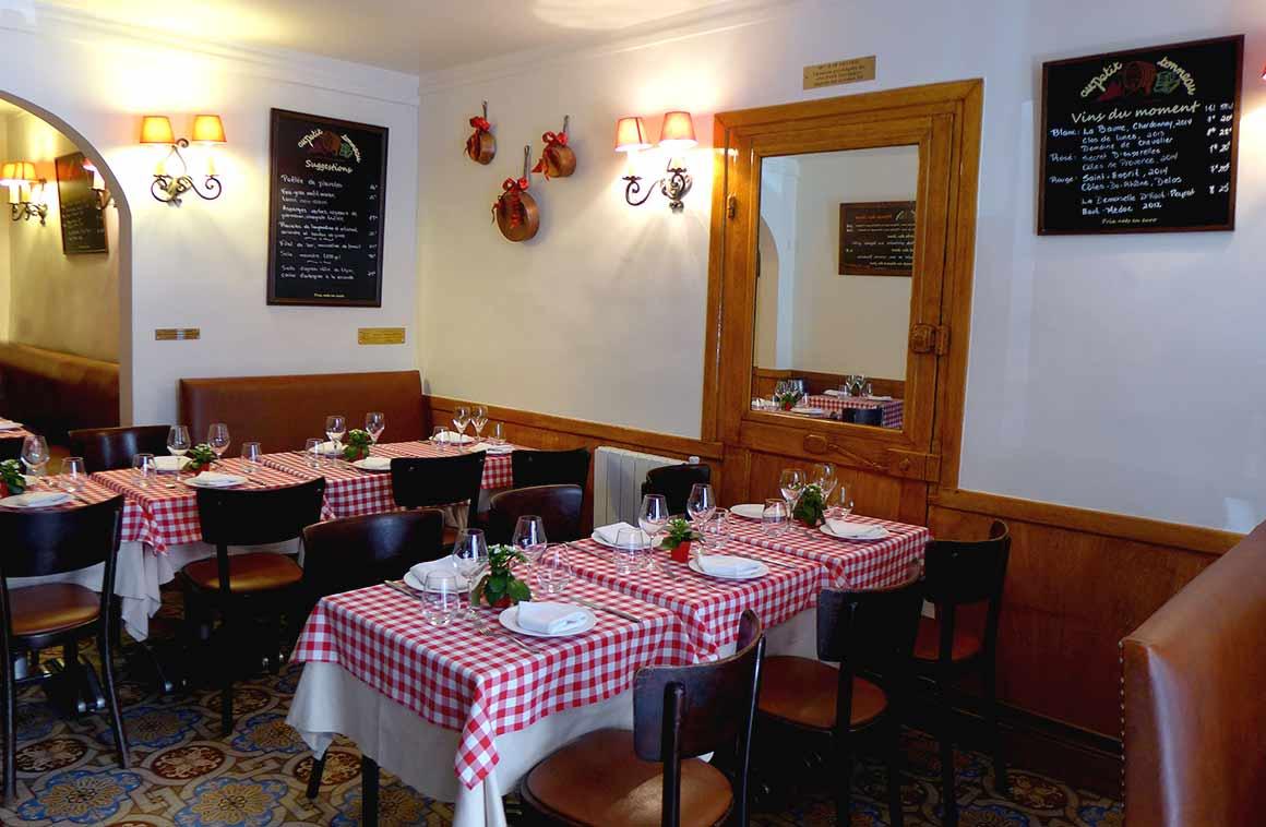 Restaurant Au Petit Tonneau, un joli cadre rétro