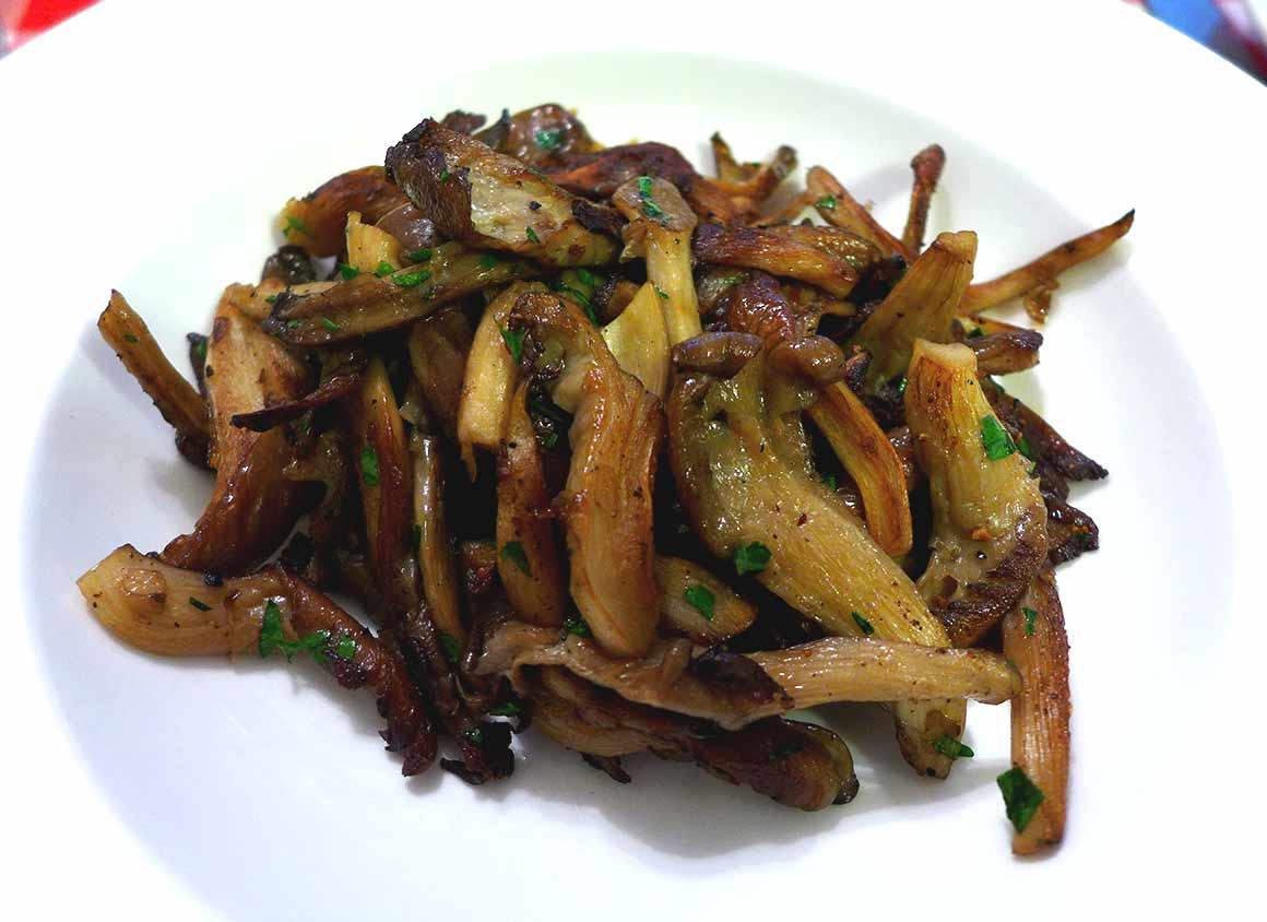 Restaurant Au Petit Tonneau, la fricassée de champignons