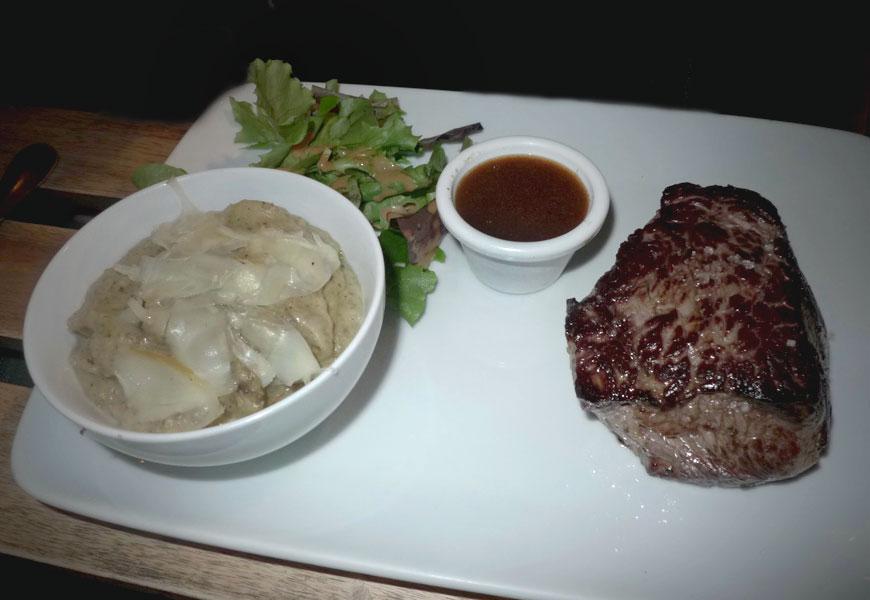 Restaurant Bang, Pavé de bœuf