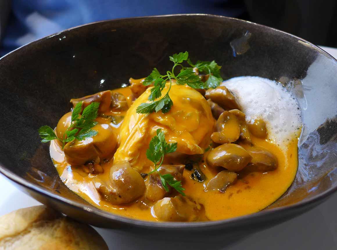 24 Le Restaurant : Rognon de veau et oeuf poché