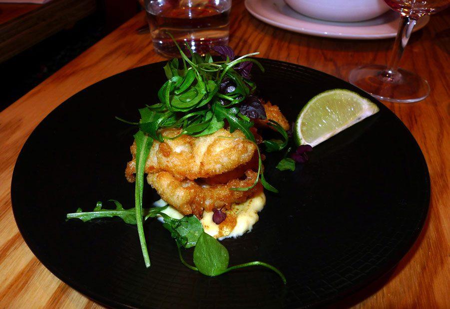 Restaurant Braisenville, merlu en tempura et aioli