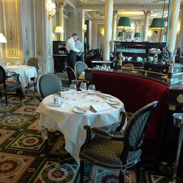 Café de La Paix, La salle