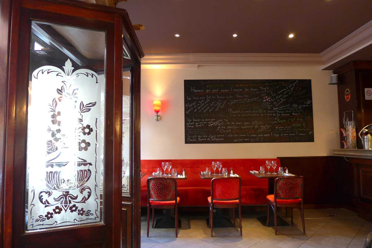 Restaurant Chez Léon, La salle