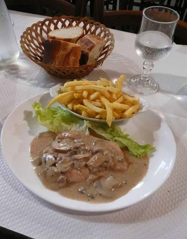 Restaurant Chez Stella, filet de dinde sauce crème
