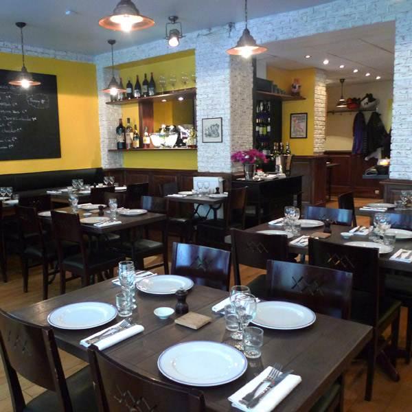 Restaurant Comme Chez Maman, La salle du restaurant