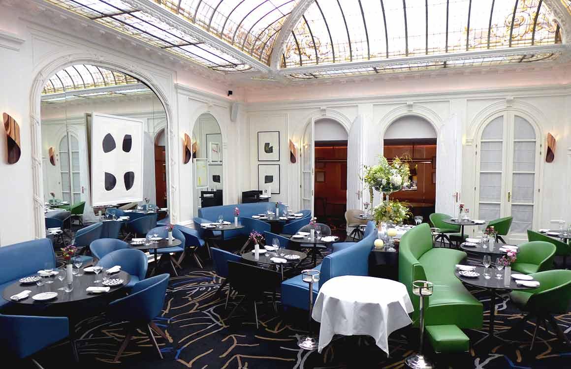 restaurant LE V la salle du restaurant
