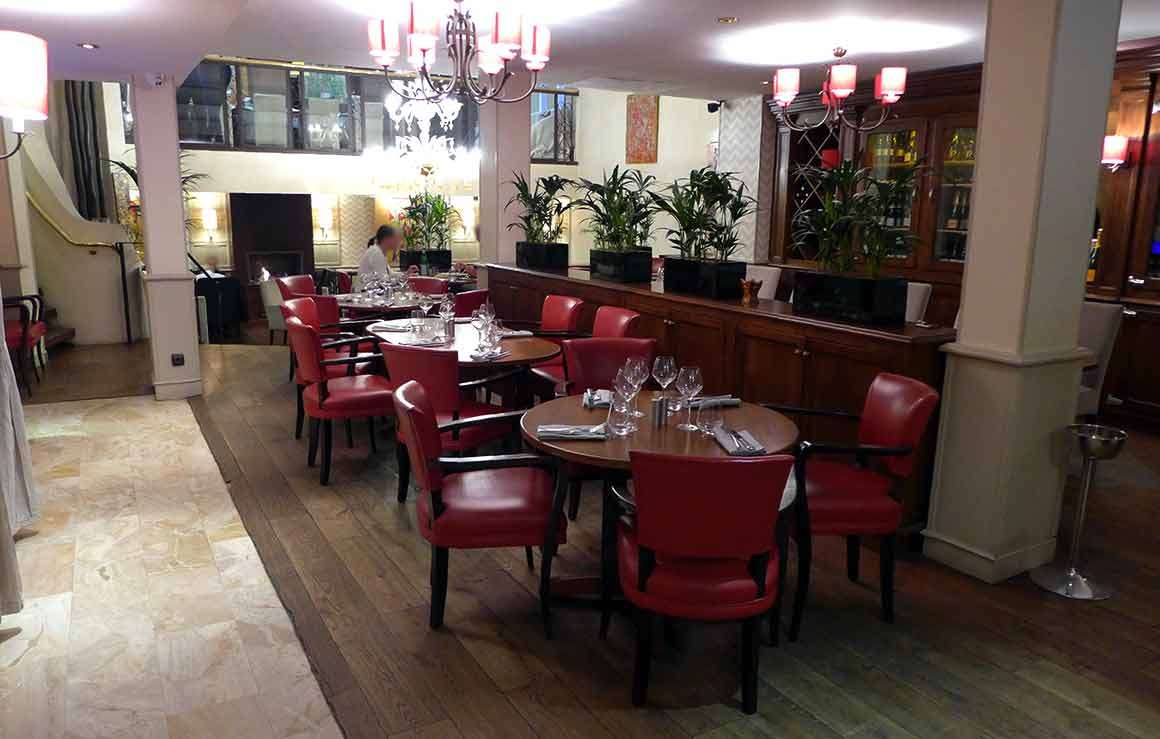LA VILLA FOCH : Une salle du restaurant