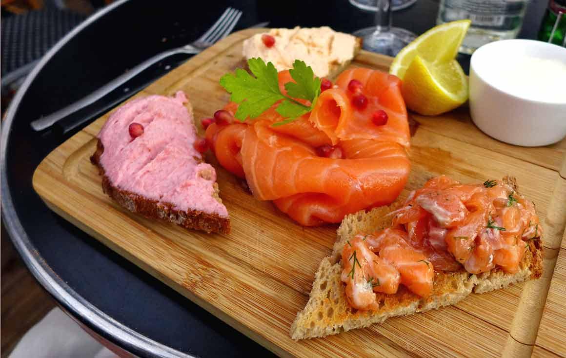 Bistrot VALOIS : L'assiette autour du saumon