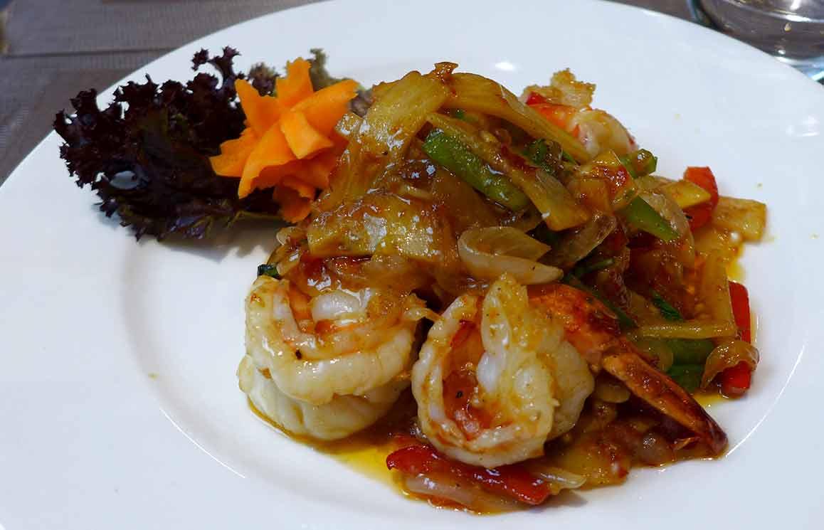 Restaurant MAKHAM THAI, Crevettes sautées au basilic et au poivron