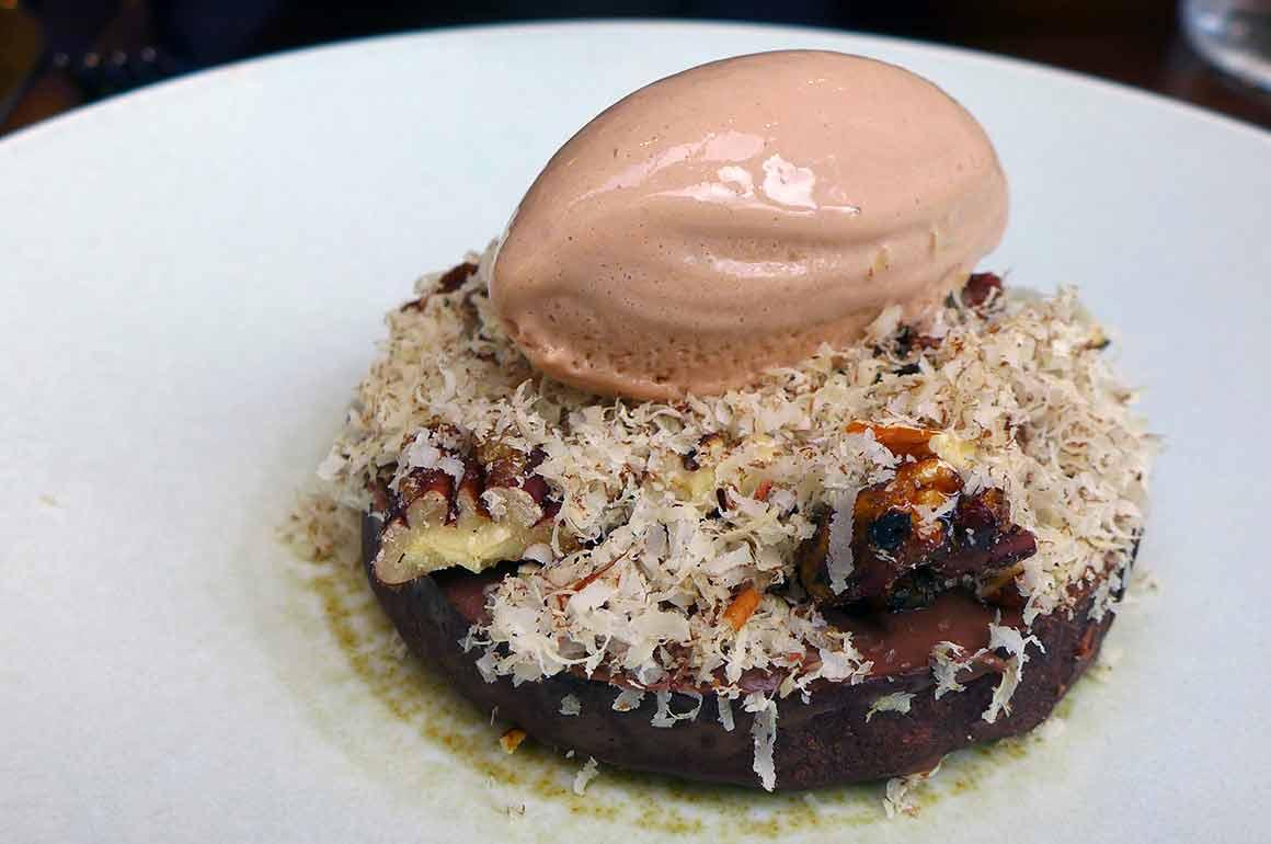 Restaurant Affinité, tarte chocolat noir Guanaja