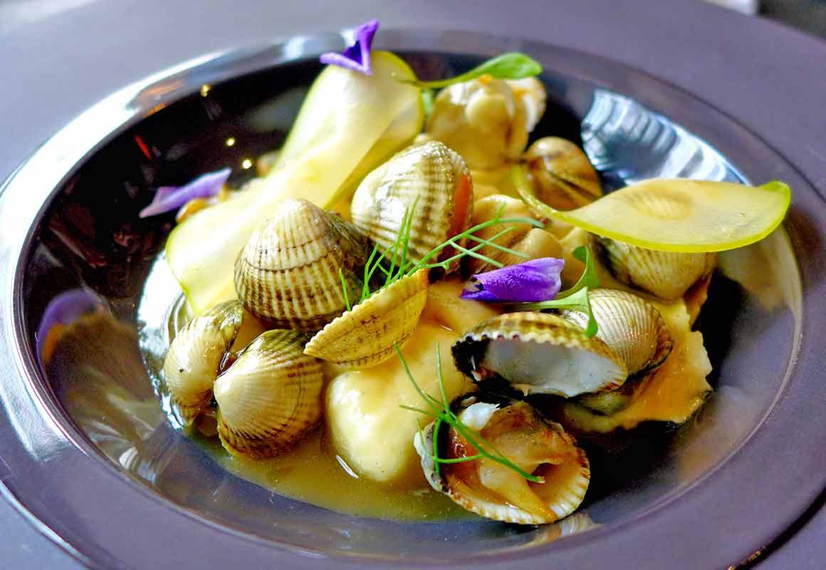 Restaurant (V)ivre, Les coquillages dans un bouillon