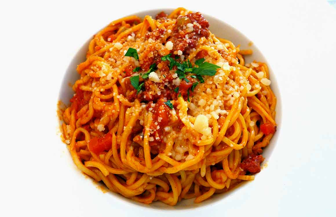 Restaurant Nonna Clelia, Spaghetti maison et sauce Bolognaise Clelia