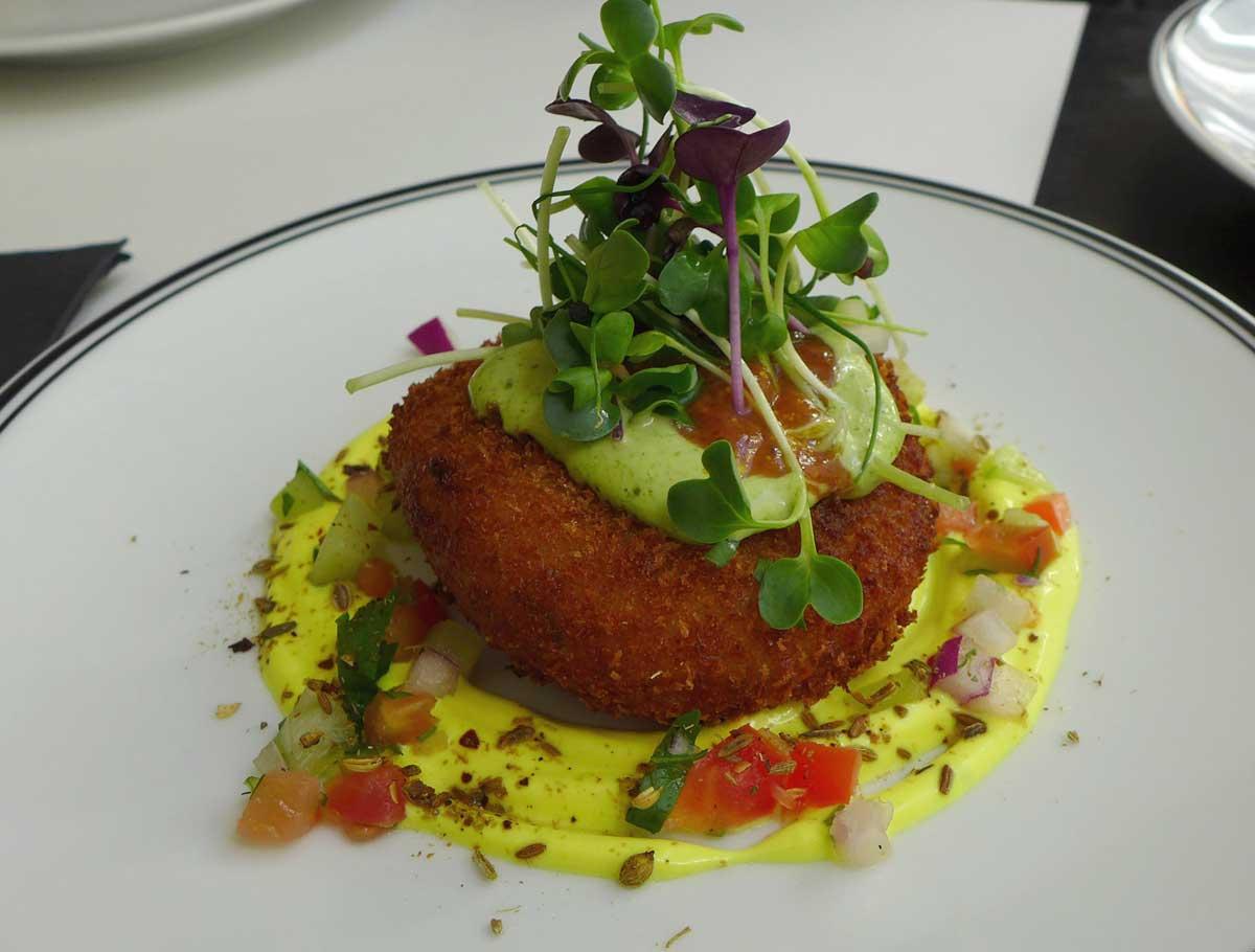 Restaurant DESI ROAD: Potato Lamb Cake