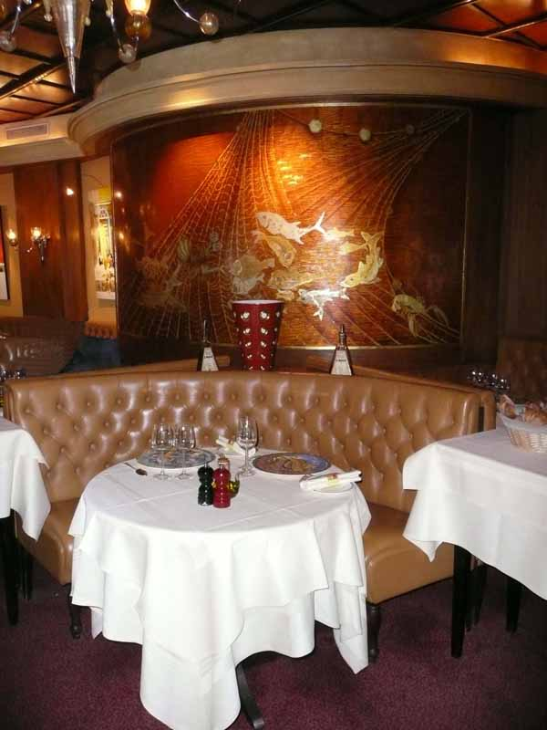 Restaurant Dessirier, La salle du restaurant