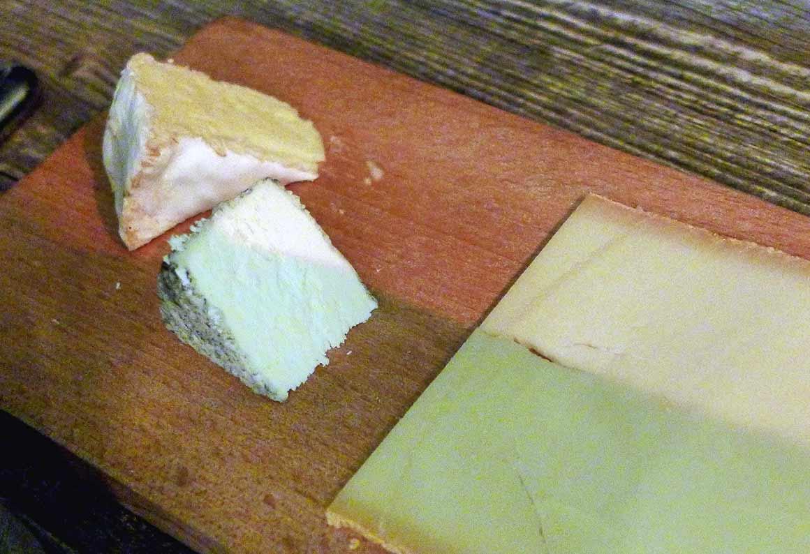 Bistrot l'Accolade : Planche de fromages fermiers
