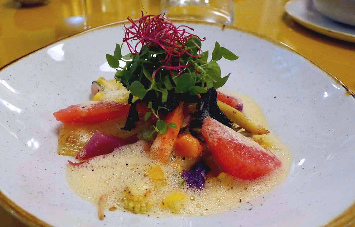 Restaurant Pavillon des Ibis : Légumes de saison avec pamplemousse