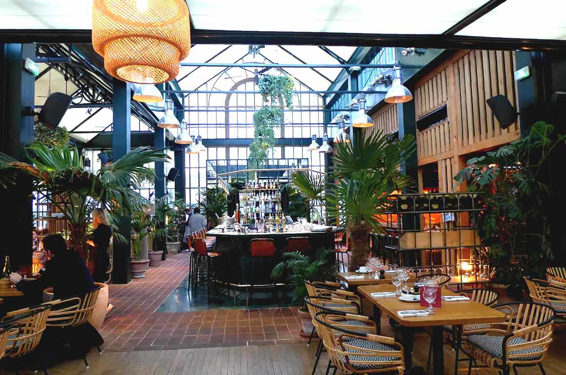 Restaurant Eugene Eugene : La salle