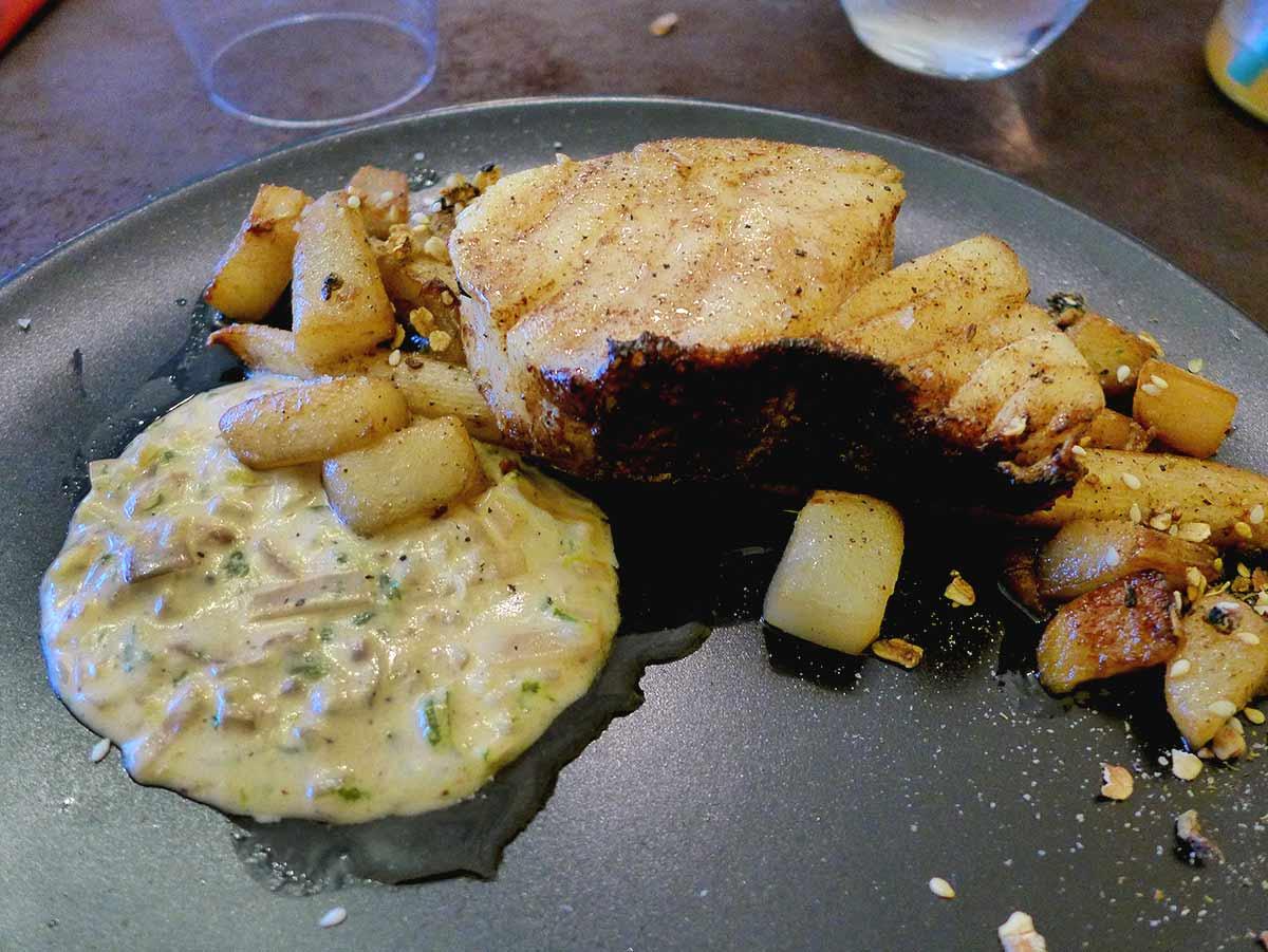 Restaurant GALIA : Cabillaud avec panais poire