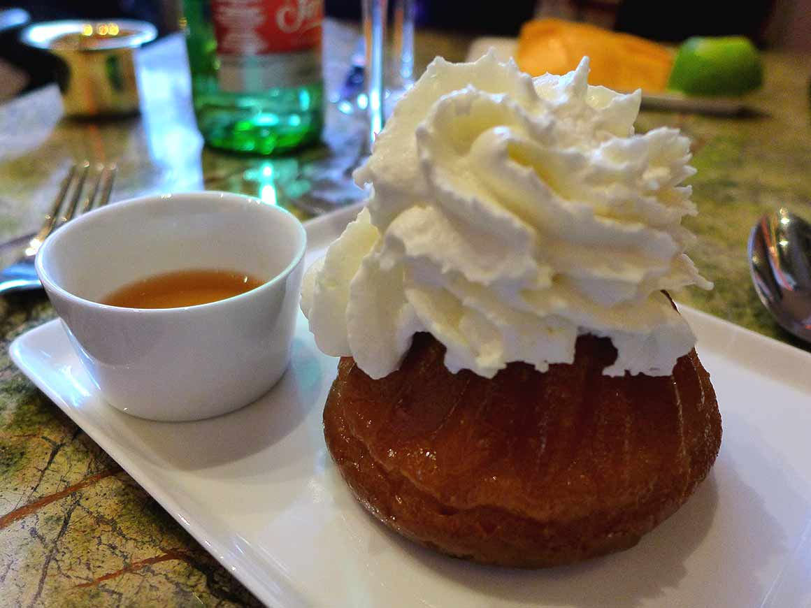 Restaurant Ginger, Baba au rhum chantilly