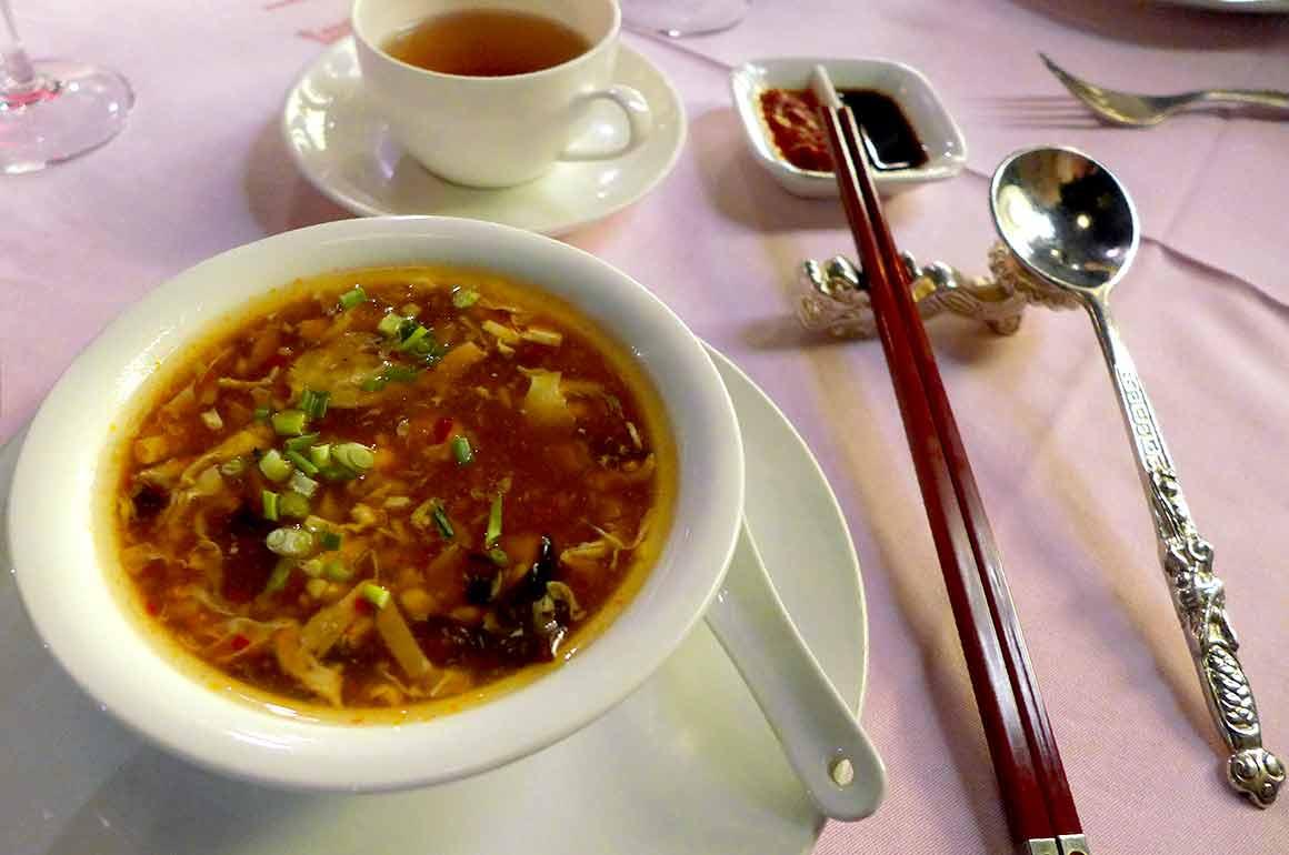 Restaurant VONG, potage pékinois