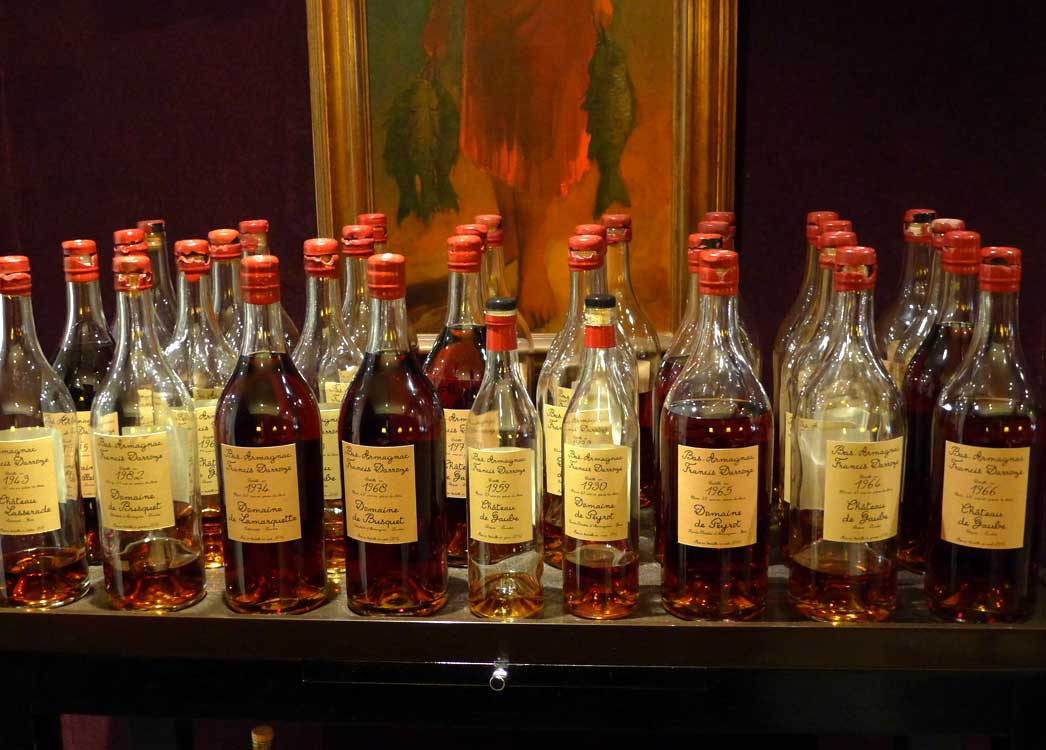 Collection de bas-Armagnacs et d'Armagnacs.