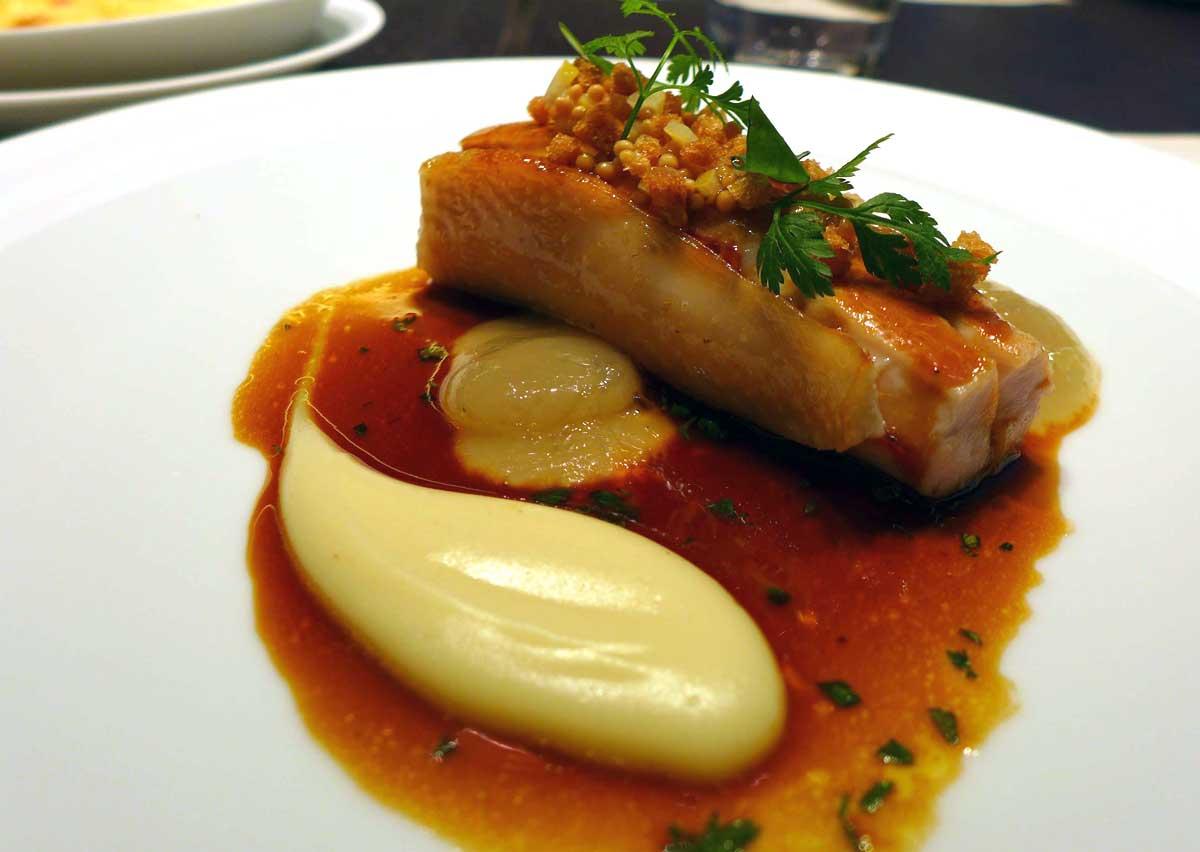 Restaurant HEXAGONE : Suprême de volaille de Bresse