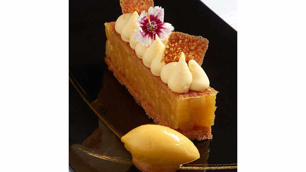 Restaurant I LOVE PARIS: Ananas, miel, biscuit breton