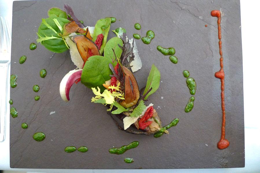 Restaurant Il Carpaccio, aubergines rôties au caviar de cèpes et ricotta