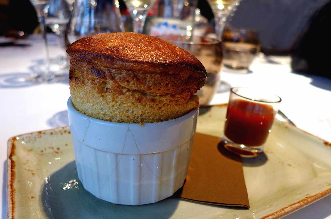 Restaurant Jacques Faussat : Soufflé rosi par la barbarie