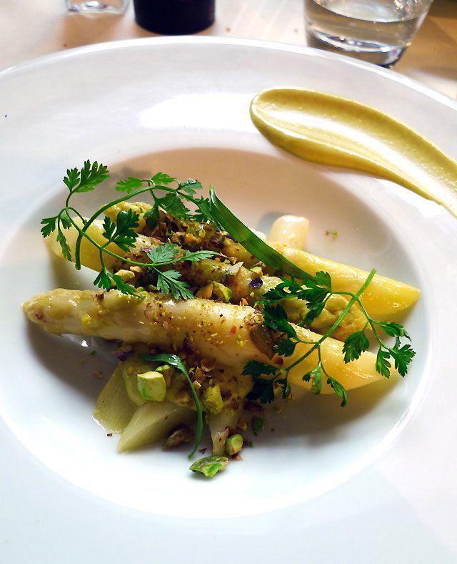 Restaurant Je Thé... Me, asperges crémeuses de Nogaret