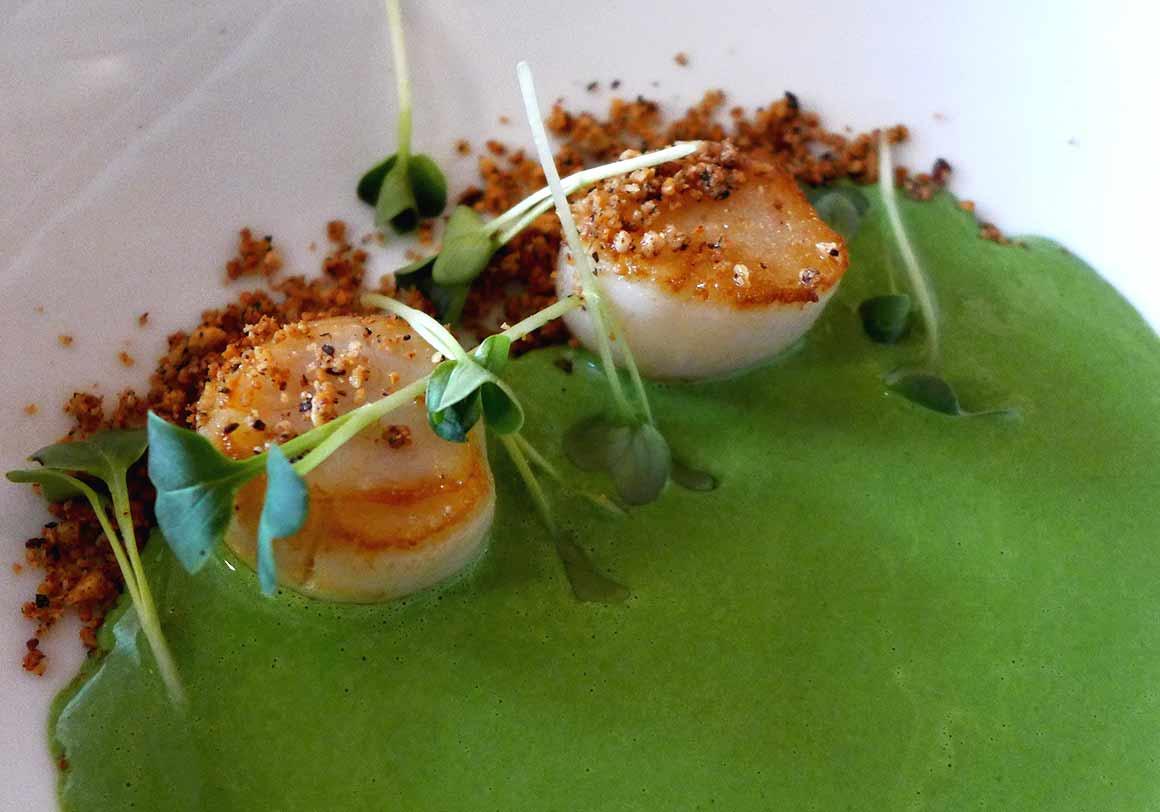 Restaurant Jean : Noix de Saint-Jacques avec topinambours