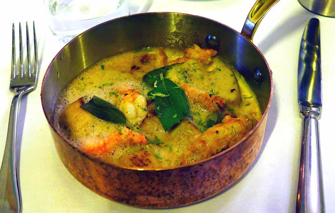 Restaurant FROUFROU, Gnocchis maison et langoustines à la sauge