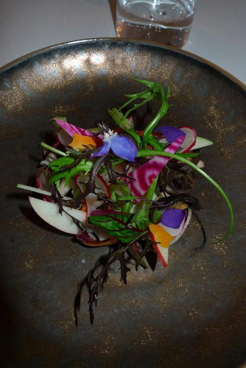 Restaurant Le KEI : Salade de saumon et légumes croquants