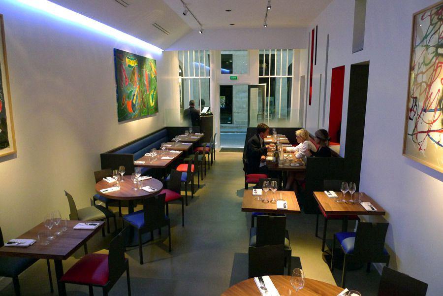 Restaurant KGB, la salle