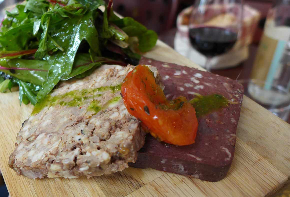 Restaurant La Cantine du Troquet Pereire : Terrines de pâté et boudin