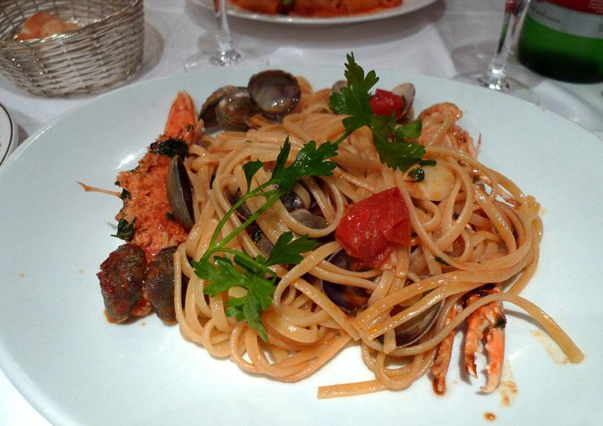 Restaurant La Corte, linguine aux langoustines et coques