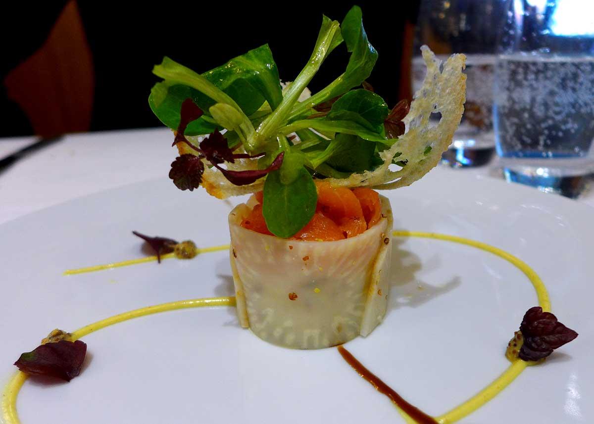 Restaurant LA COUPOLE : Cœur de saumon mi-fumé et rémoulade de céleri