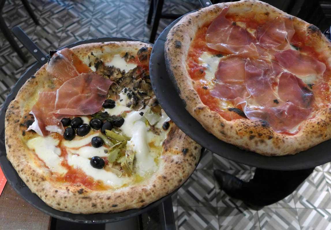 Restaurant La Famiglia di Rebellato Niel : Belles pizze maison