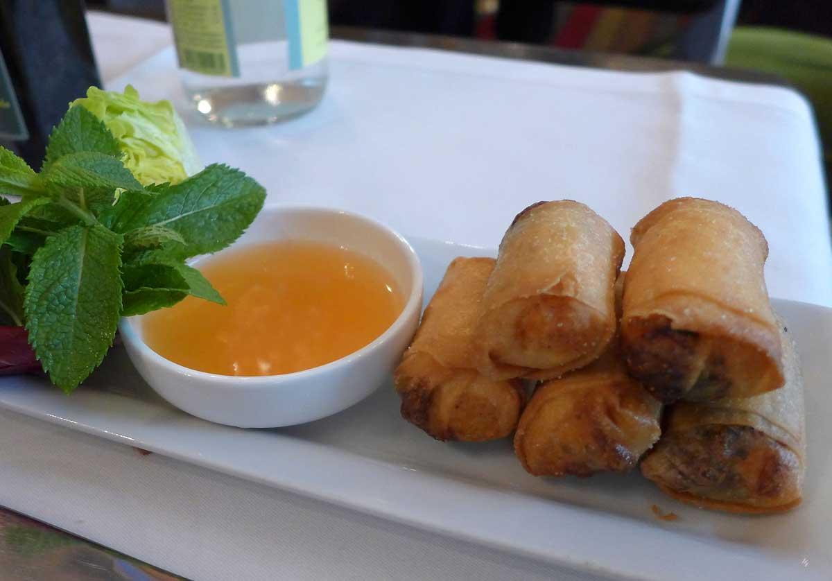 Restaurant La Fontaine Gaillon, nems thaï au saumon